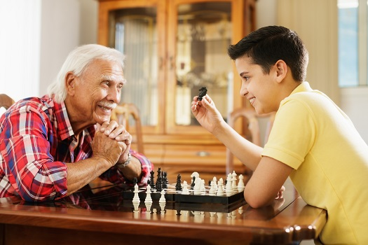 How to Keep Your Aging Parent Entertained at Home in Carmichael, CA
