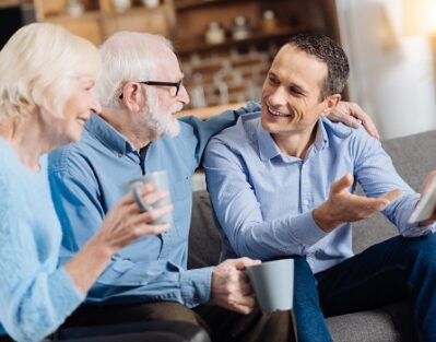 Tips to Strengthen Bonds with a Senior Loved One in Carmichael, CA
